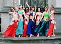 Buikdans showgroep